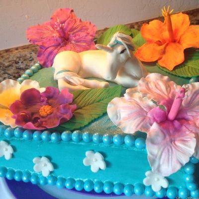 Unicorn And Hibiscus Cake
