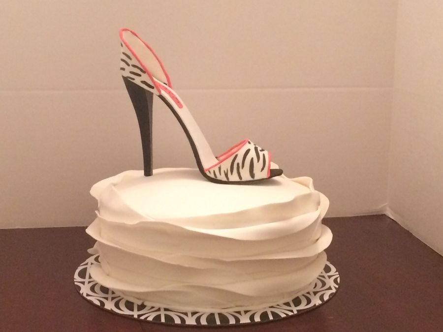 Stiletto Shoe And Ruffled Fondant Cakecentral Com