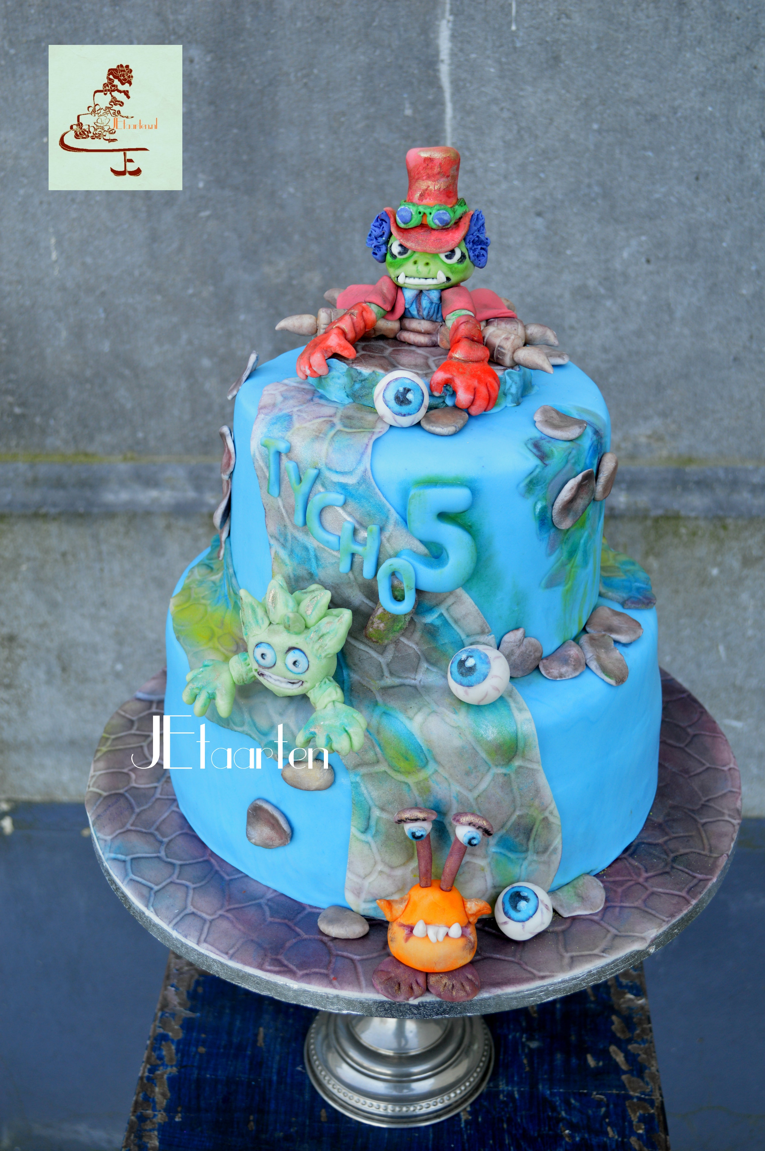 Skylander Birthday Cake CakeCentralcom