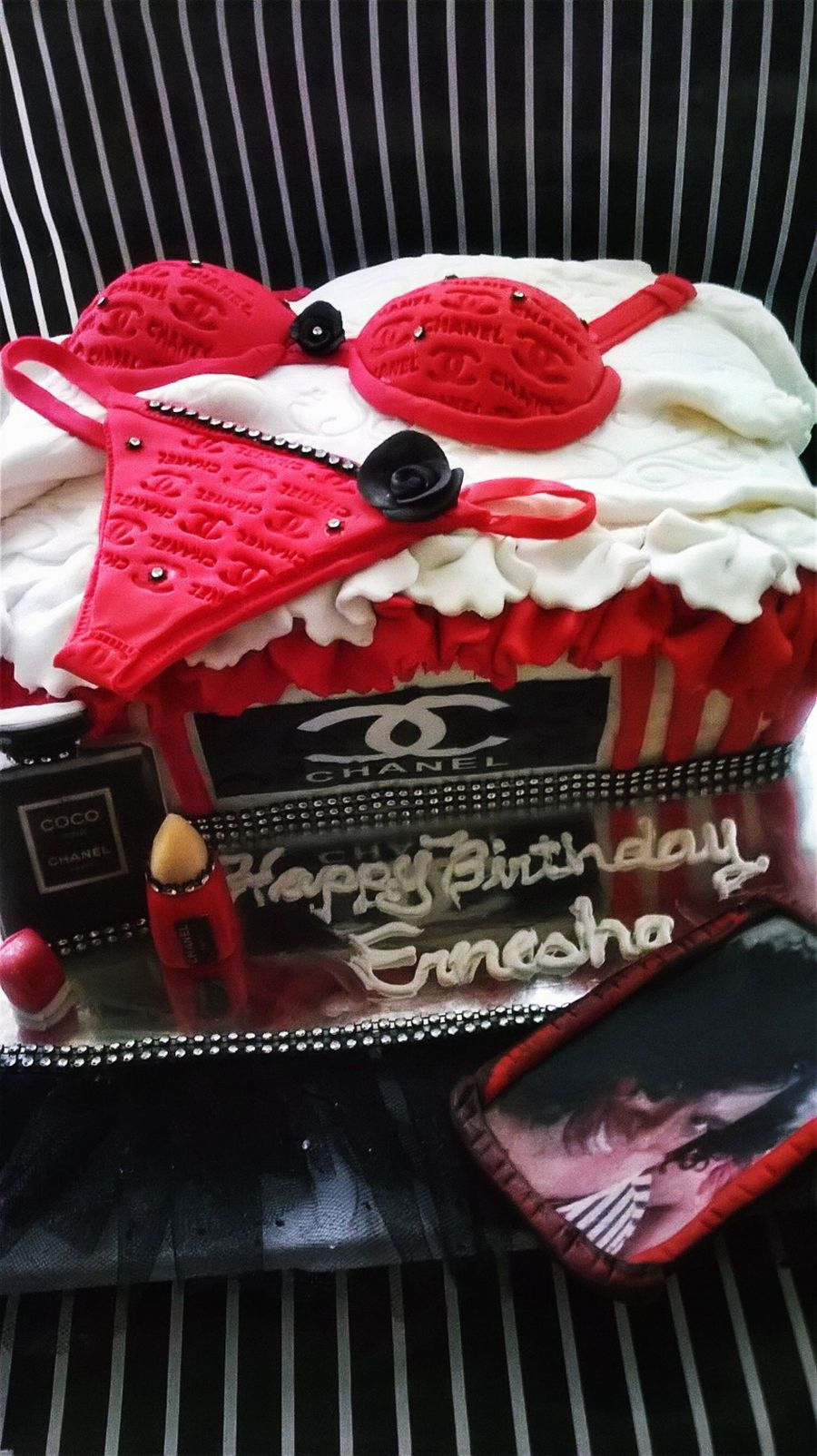 Chanel ,lingerie, Gift Box - CakeCentral.com