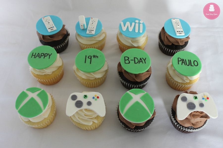 OV8Xyabr66-xbox-and-wii-cupcakes_900.jpg