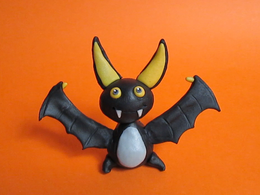 halloween bat cake topper out of fondant cakecentral com