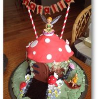 Fairyhouse Made this cake for a Friends Daughter ( I didn't make the fairy's) but the Rest I hand made :)