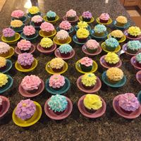 Flower Cupcakes buttercream flower cupcakes