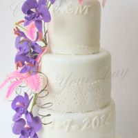 Orchids&lily's Wedding Cake Wedding Cake with sugar orchids and lily's.
