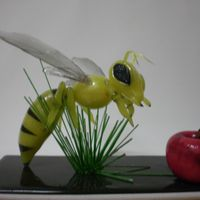 Blownsugar Wasp Table showpiece wasp of blownsugar.