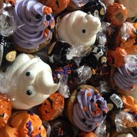 Halloween Cookies Chocolate chip cookie rounds decorated for Halloween with buttercream and sprinkles. Thanks for looking!RJ
