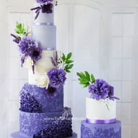 Lovely Lilac This is a wedding cake I made for a lovely couple who wanted a eyecatcher for a cake. Completely made to fit the lavender colour scheme of...
