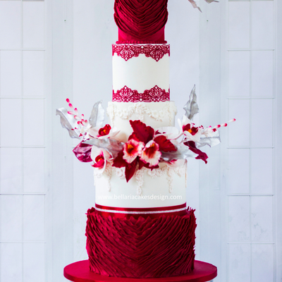 Red Passion Weddingcake