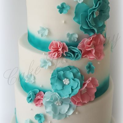 Flowers Wedding Cake.