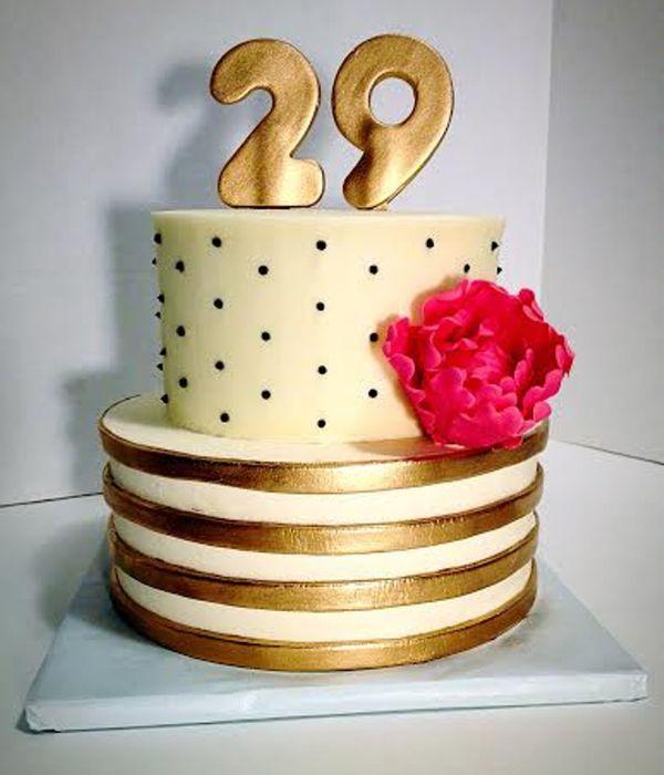 Metallic Cake Decorating Photos