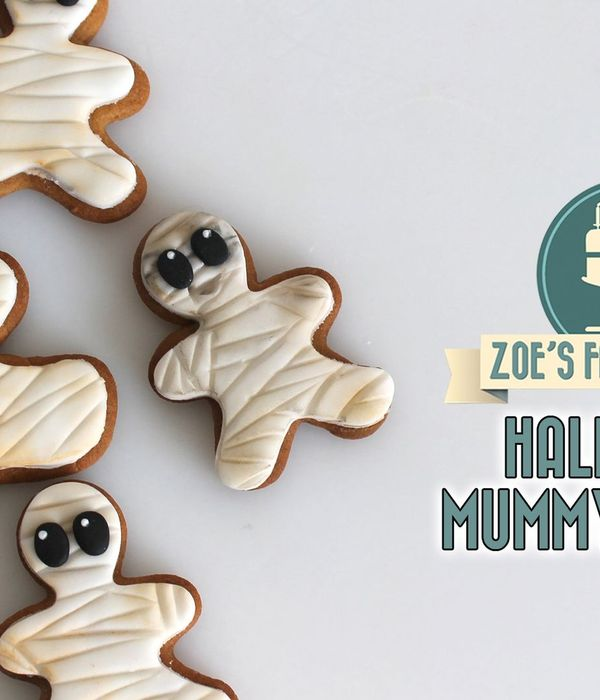Mummy Gingerbread Cookies