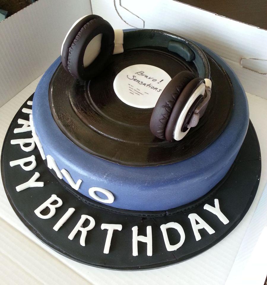 Dj Head Phones Cake Cakecentral Com