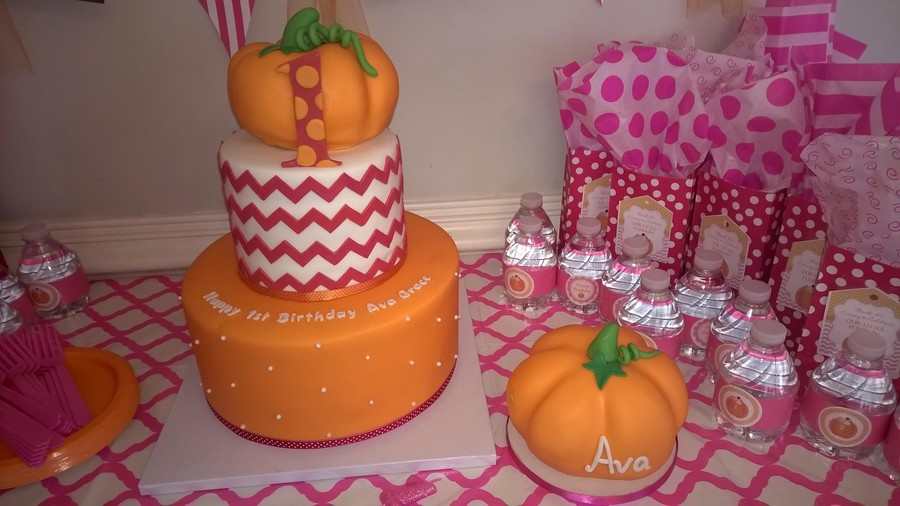 Little Pumpkin First Birthday Cake And Smash Cake Cakecentral