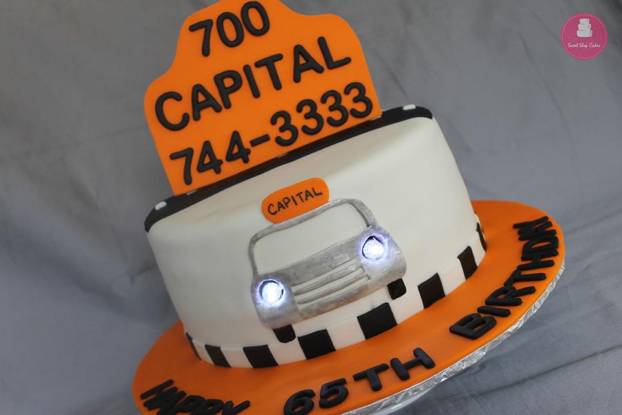 GtBhYW7XMK-taxi-themed-birthday-cake_900.jpg