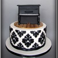 Piano Cake   Cake form my mum.