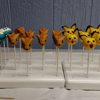 Pokemon   Pokémon cake pops for a birthday party