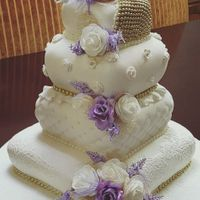 Purple And White Pillow Wedding Cake   Purple and White Pillow Wedding Cake
