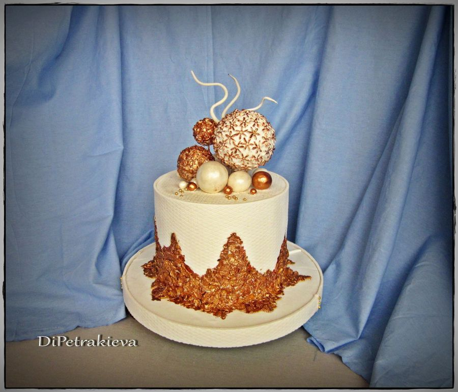 Cake With Gold Decoration : Gold Decoration - CakeCentral.com