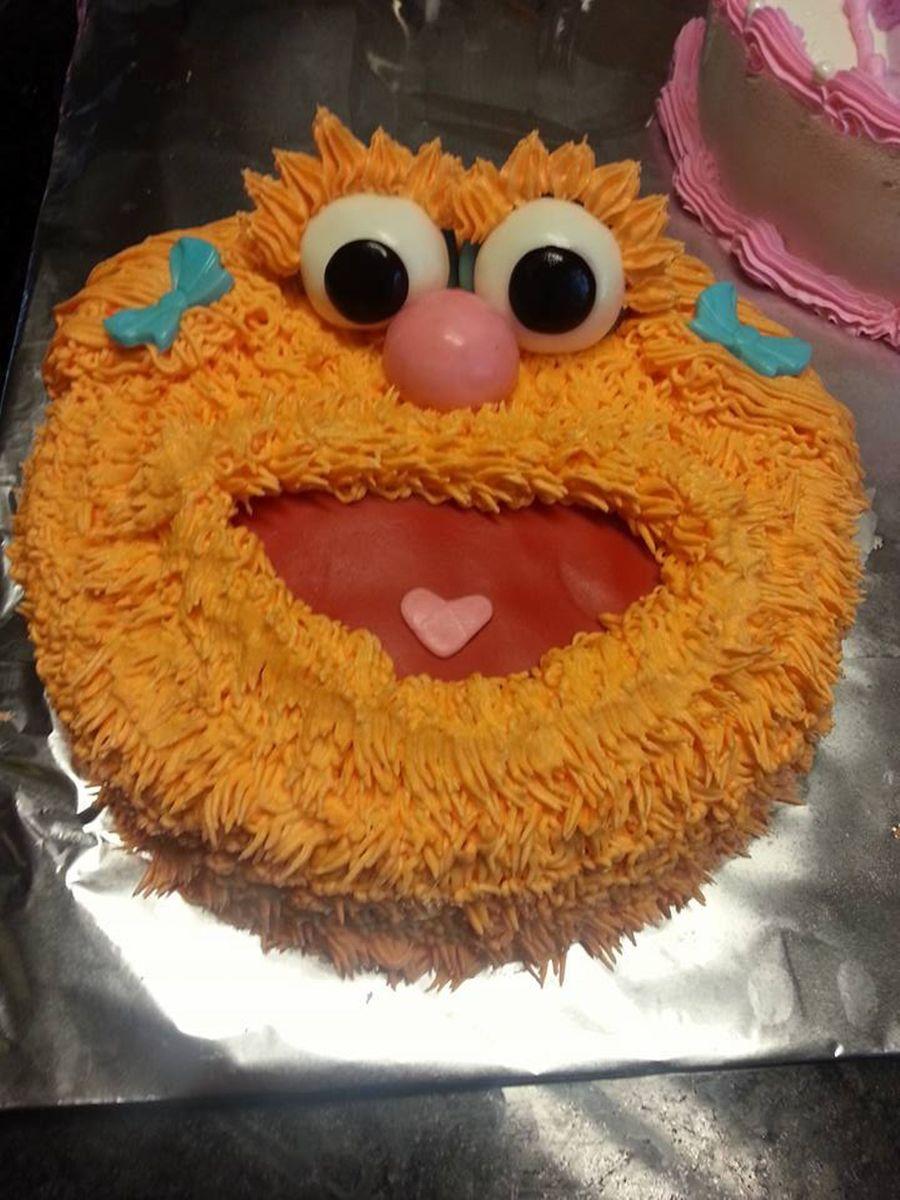 Zoe Gilham Cake Artist : Zoe Cake - CakeCentral.com