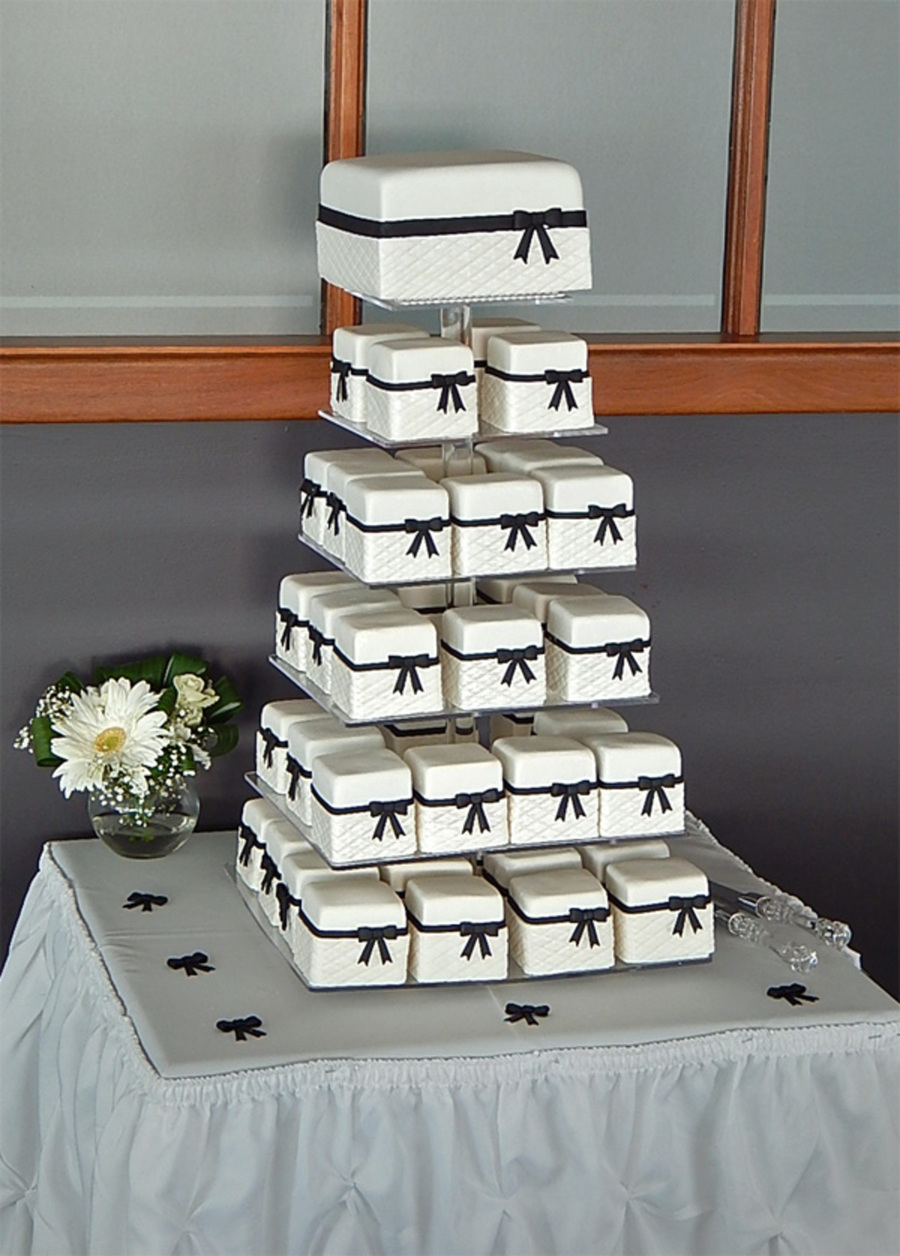 mini wedding cake towers black and white mini cake wedding tower cakecentral 17437