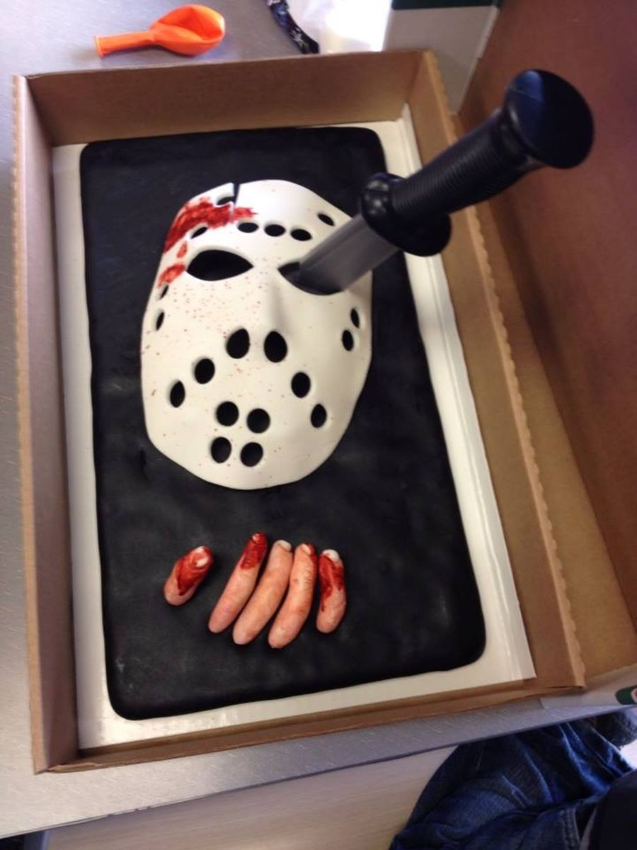 Friday The 13th Birthday Cake Cakecentral Com