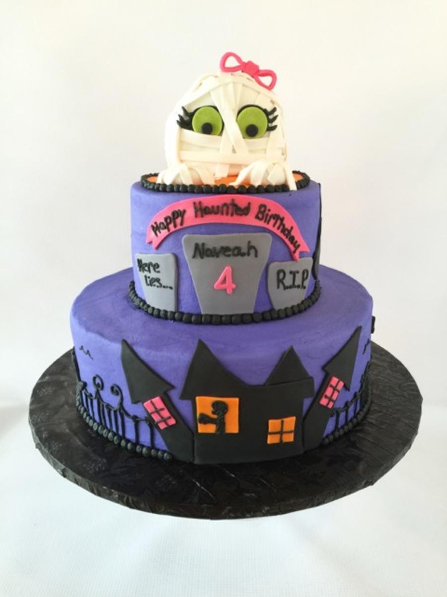 Terrific Halloween Themed Birthday Cake Cakecentral Com Funny Birthday Cards Online Fluifree Goldxyz
