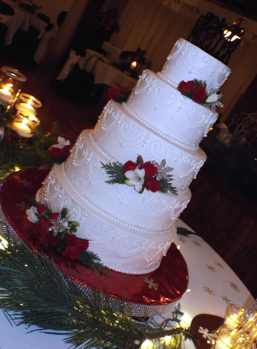 christmas themed wedding cakes wedding cake cakecentral 12829