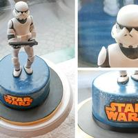 Star Wars I love the figure on this cake which one of my sculptors made. Absolutely gorgeous!