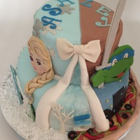 Frozen Meets Ninja Turtle On A Split Cake Weird order but what the client wants the client gets...