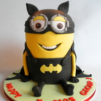 Bat Minion For a Christmas dinner at a primary school, in Netherlands I made for class one Bat minion cake. This was the dessert of dinner.