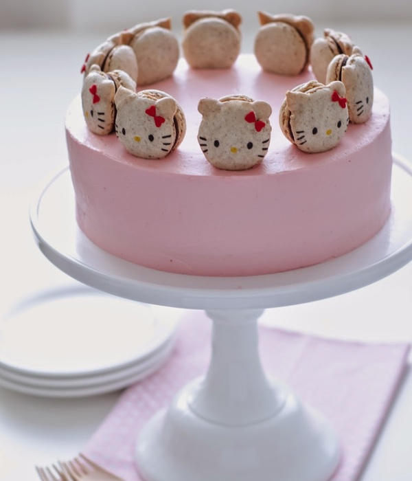 Hello Kitty Macaron Cake With Neapolitan Layers