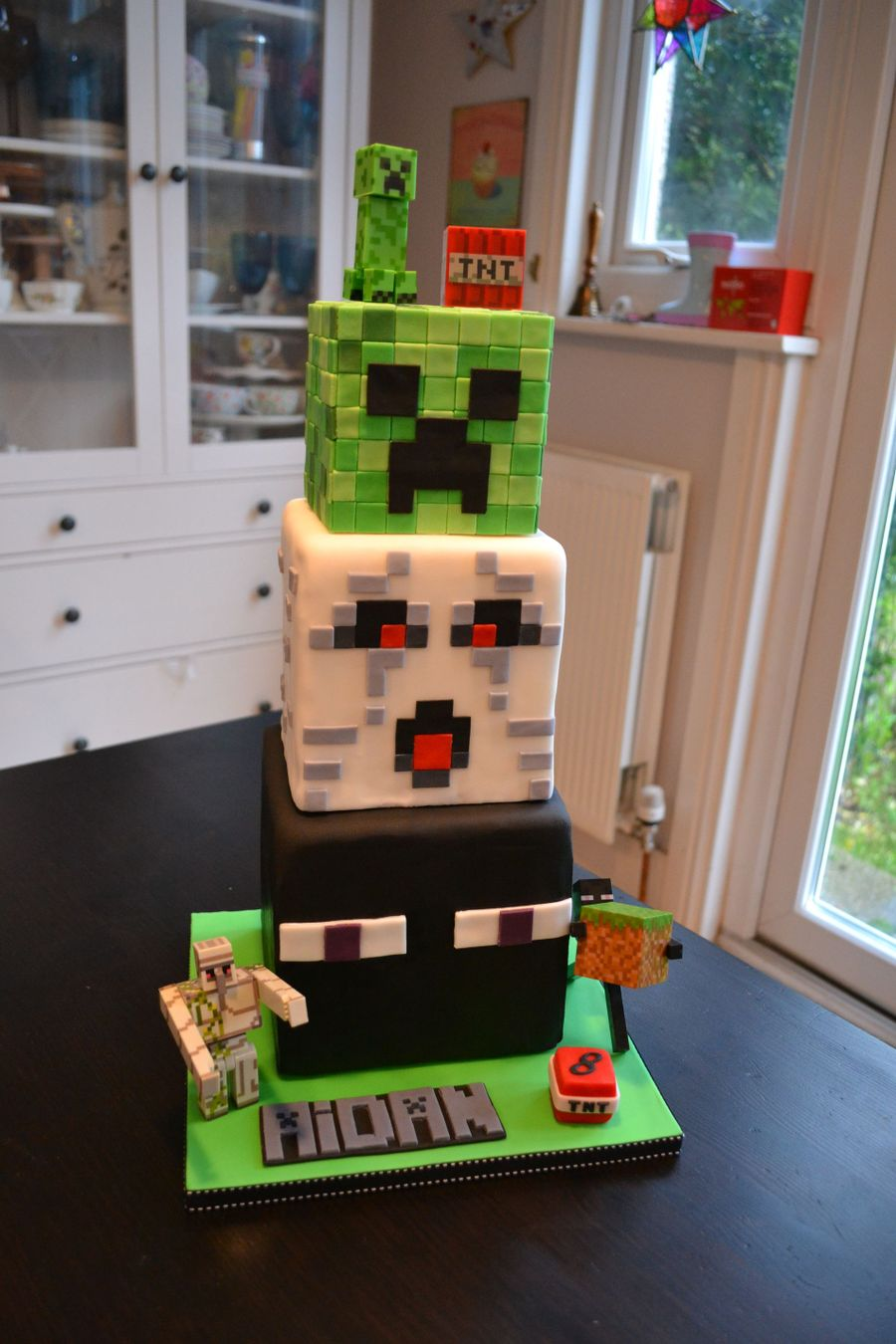 Images Of Minecraft Creeper Cakes