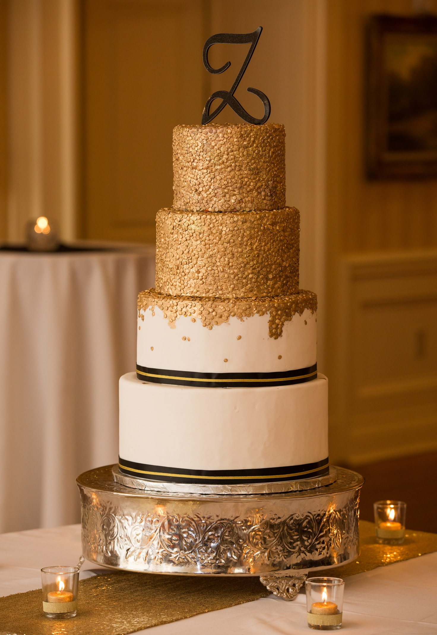 4 tier wedding cake for 100 gold sequin 4 tier wedding cake in black and gold 10393