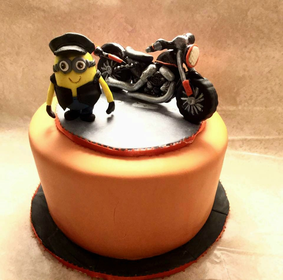 Beautiful Motorcycle Birthday Cake - CakeCentral.com CT69