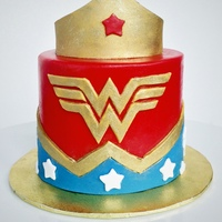 Wonderwoman Smash Cake A miniature version of Jessica Harris's Wonderwoman cake