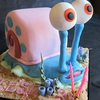 Carl Snail Sponge cake snail cake - covered in fondant
