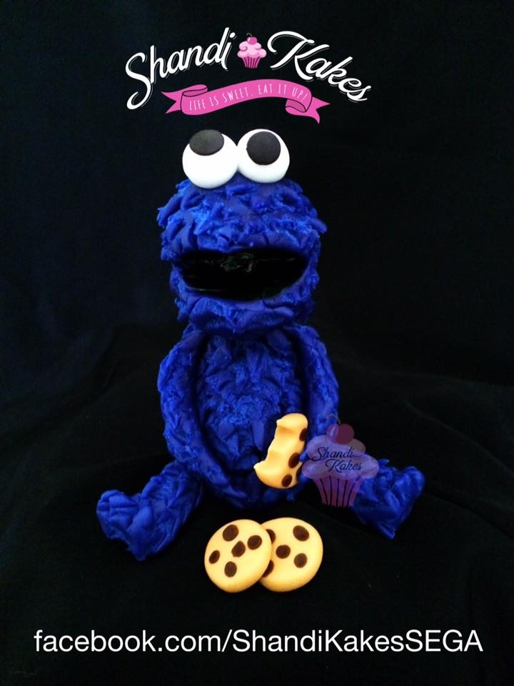 """cookie Monster"" Cake Topper   Handmade with gumpaste/fondant. 4"" tall."