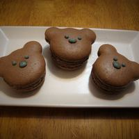 Brown bear macarons