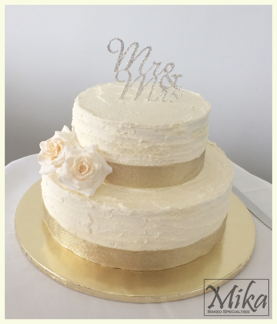 Mrs  Buttercream Cake Decorating : Mr & Mrs Wedding Cake - CakeCentral.com