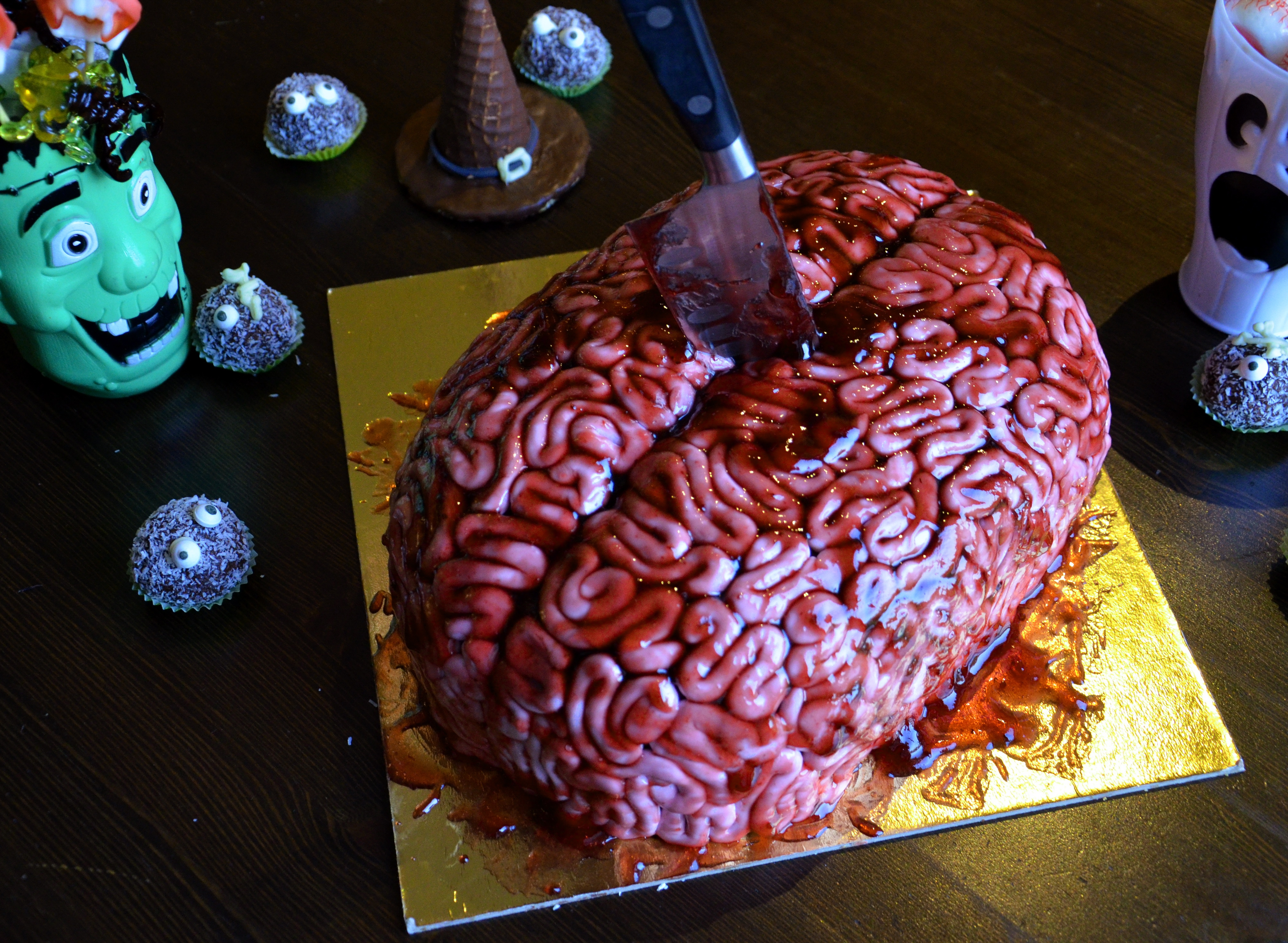 Brain For Halloween on Cake Central