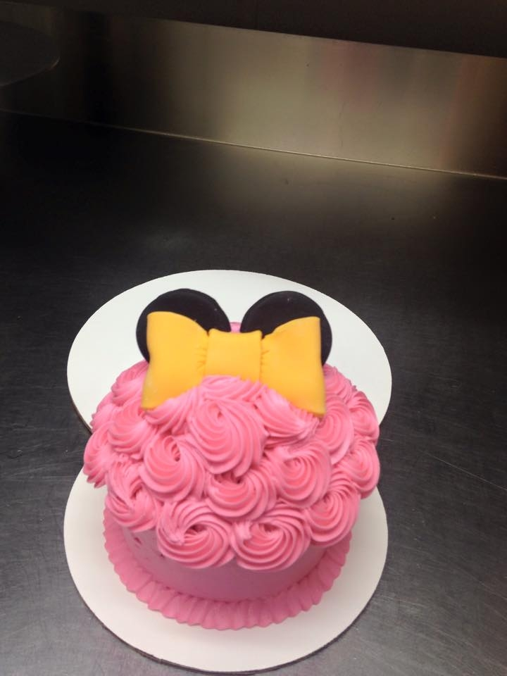 Minnie Mouse First Birthday Cake And Cupcake CakeCentralcom