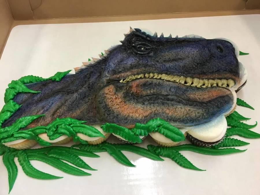 Buttercream Dinosaur Cupcake Cake Cakecentral Com