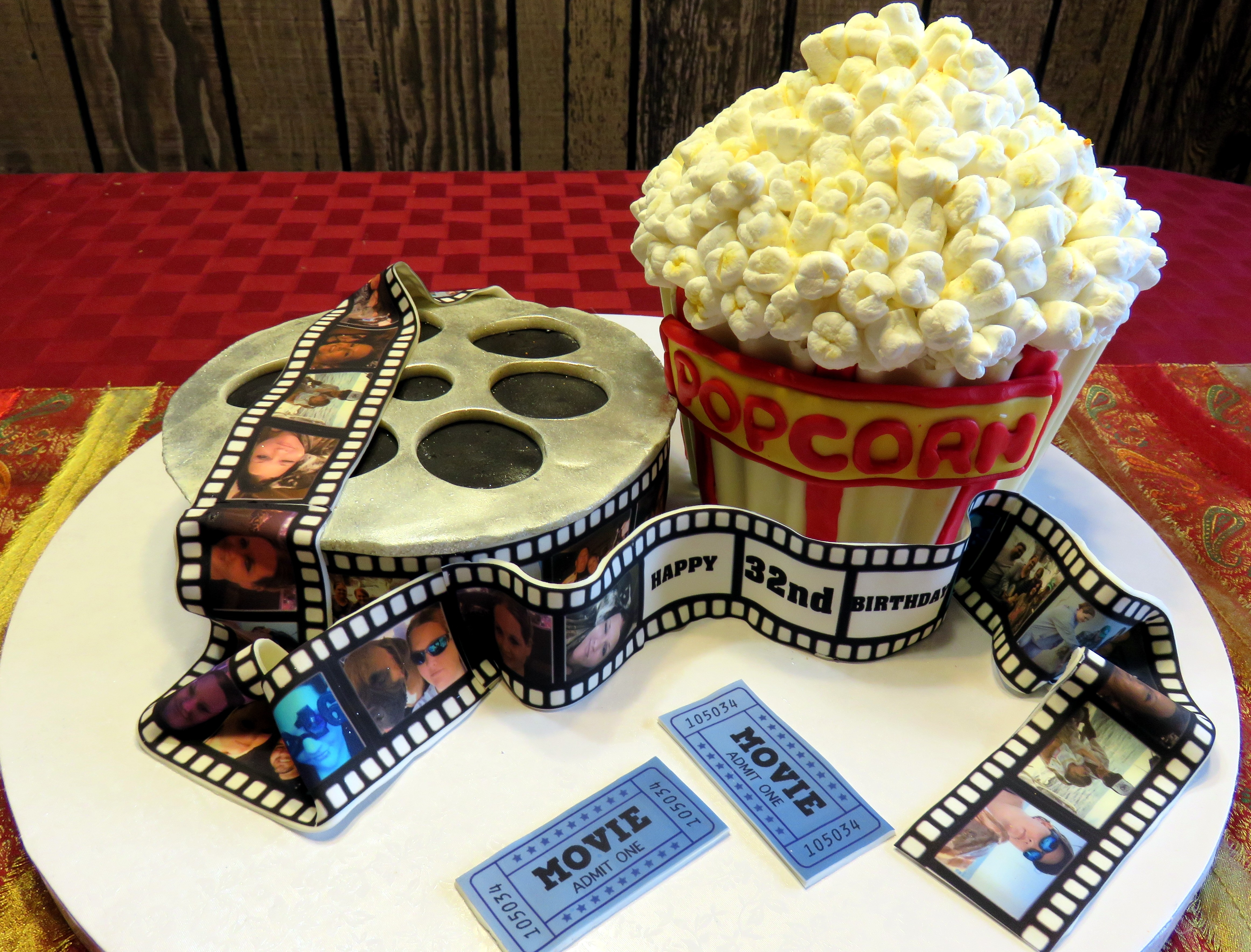Popcorn And A Movies Cake Cakecentral Com
