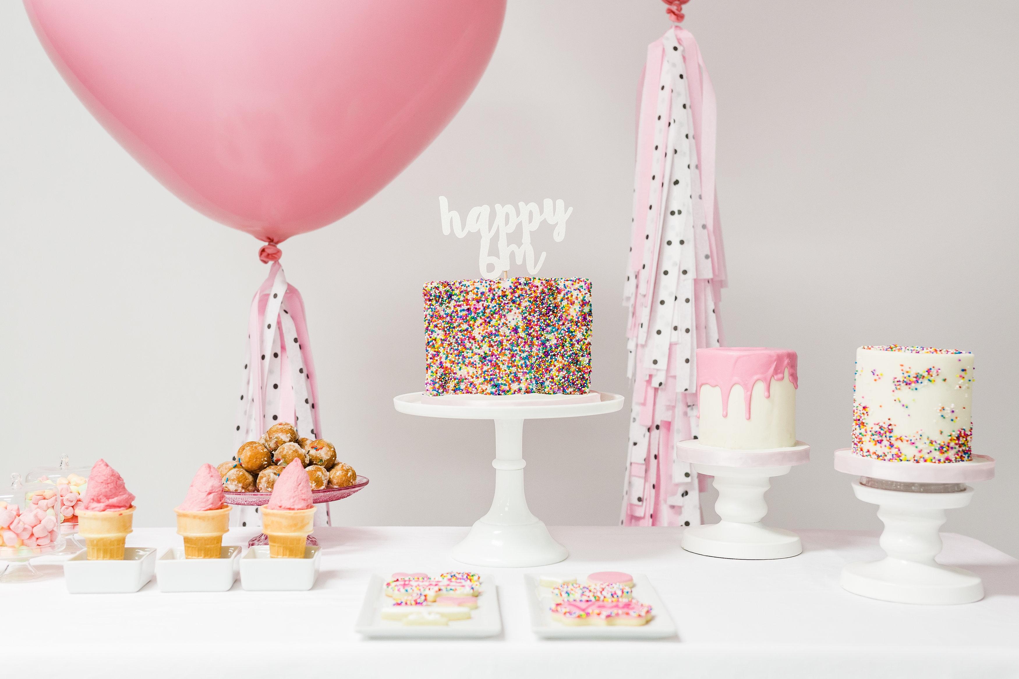 900_sprinkle-cakes-937512sWbAl.jpg