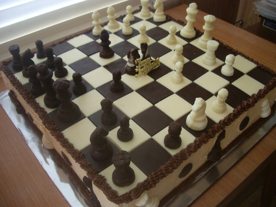 Chess Board Cake Decorating