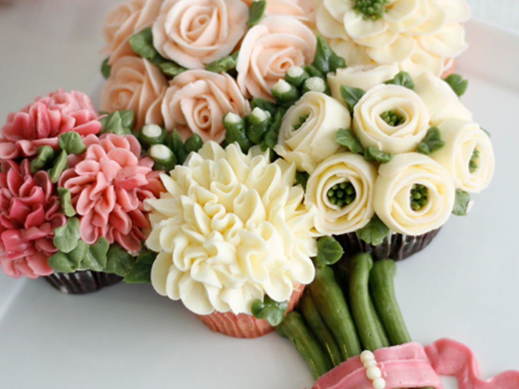 Cupcake bouquet of flowers cakecentral izmirmasajfo
