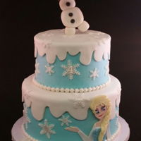 Disney Frozen Buttercream with fondant decor