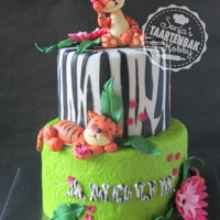 Jungle Cake For A Girl Who Looooooves Tigers! Girly jungle with bright colors and cute tigers to match.