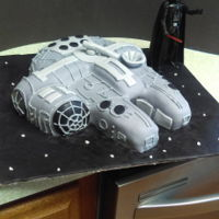 Millenium Falcon Everything is cake covered in marshmellow fondant
